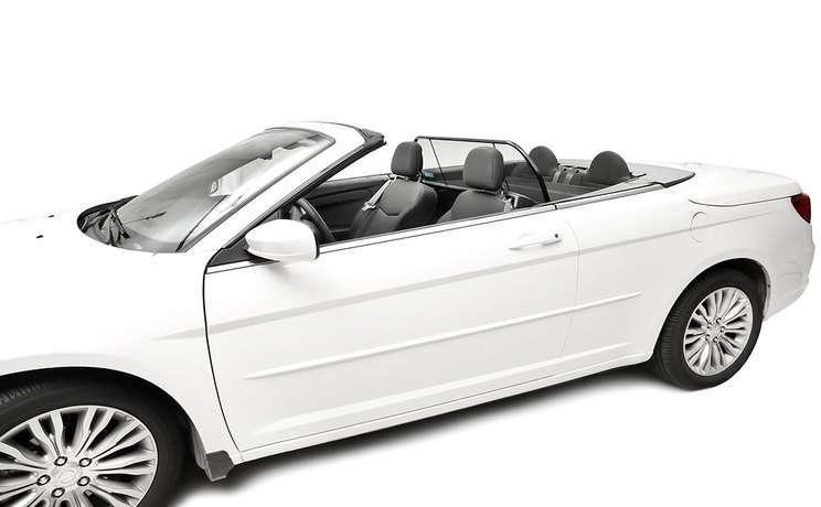 Chrysler 200 windscreen 4