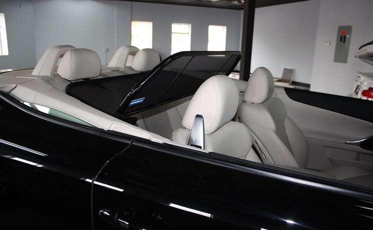 Lexus windscreen is 250 350 by love the drive