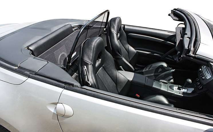 Mitsubishi spyder convertible with wind deflector 2006 to 2012