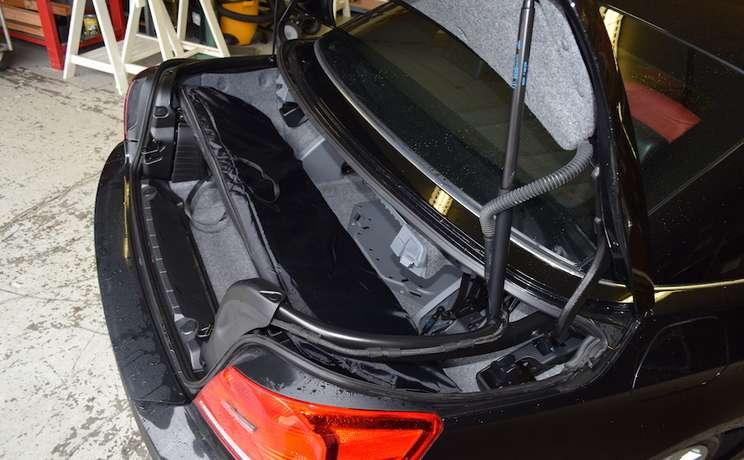 Bmw 3 series wind deflector in trunk
