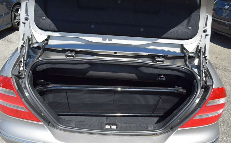 Mercedes clk wind deflector in trunk designed love the drive