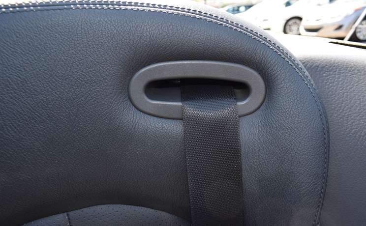 Mercedes clk wind deflector seatbelt designed love the drive