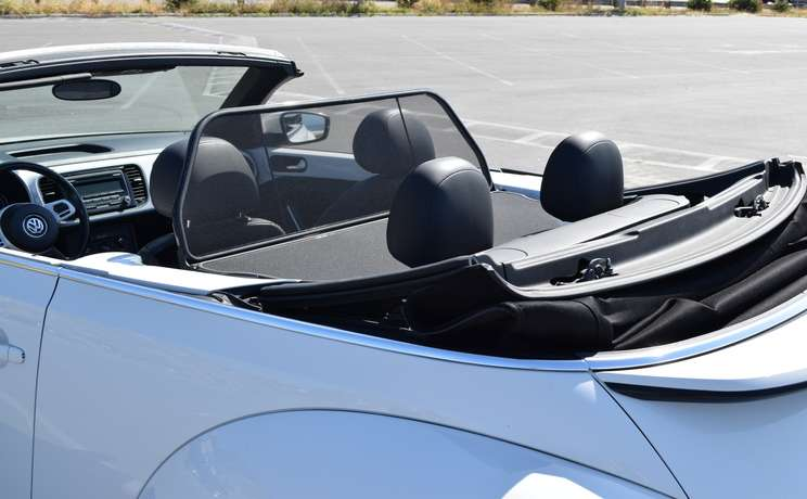 Vw beetle convertible from 2012 to 2019 wind deflector by love the drive rear drivers sdie