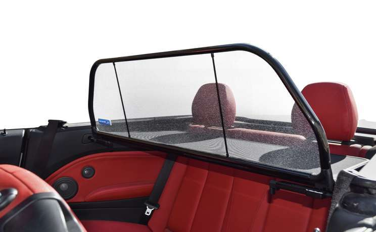 Bmw 2 convertible wind deflector by love the drive wd close up